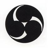 Crest #4 Migi-Mitsudomoe crest